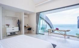 11+-+Bright+bedroom
