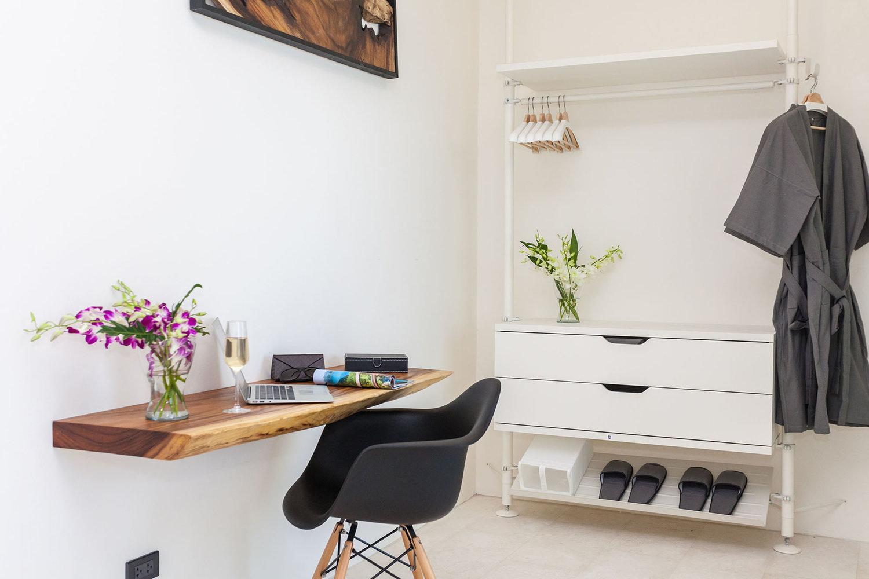 15+-+Wooden+desk+and+wardrobe